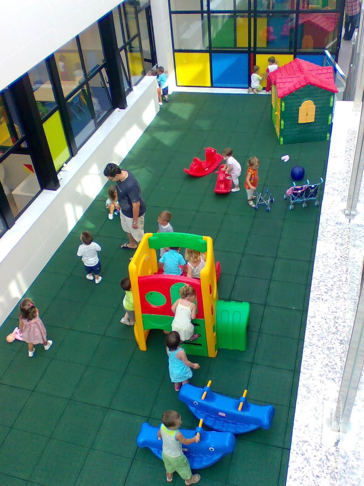 suelo de caucho infantil valencia