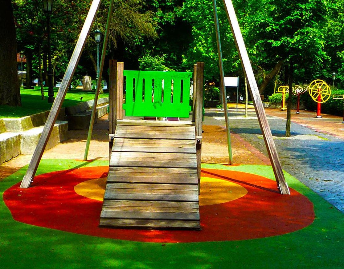 pavimento de parques infantiles valencia